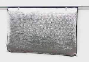 Hindermann Thermomatte für Wohnwagen, Luftpolsterfolie, 110 x 55 cm